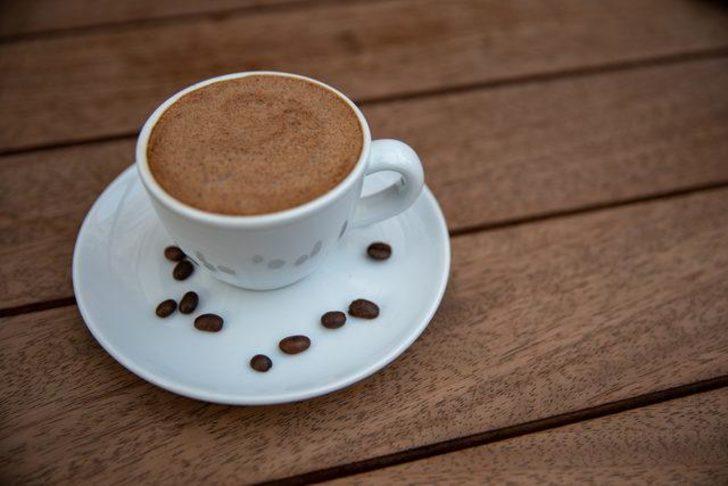 Türk kahvesinin en farklı hali! Tam kıvamında ve bol köpüklü menengiç kahvesi nasıl yapılır?