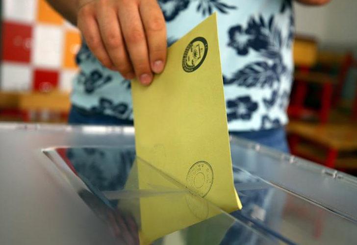 """MetroPOLL'den seçim anketi! Yüzde 54 """"AK Parti iktidardan düşecek"""" dedi"""