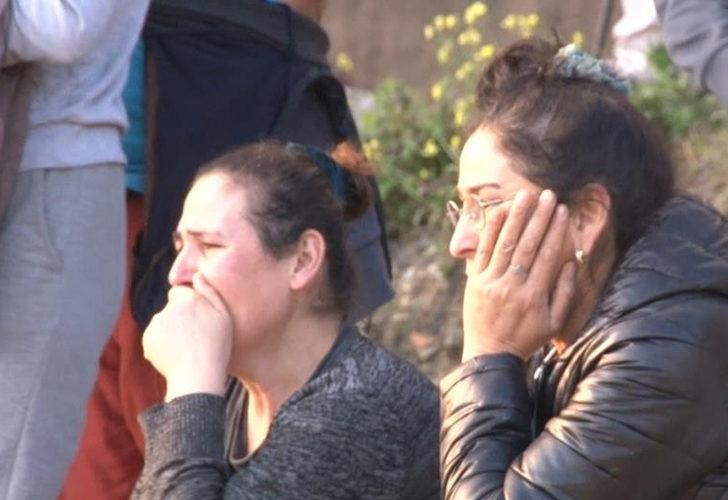İstanbul'da geri dönüşüm tesisinde yangın! Gözyaşlarını tutamadılar