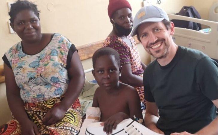 Mesut Özil'den Afrika'daki çocuklara sağlık desteği