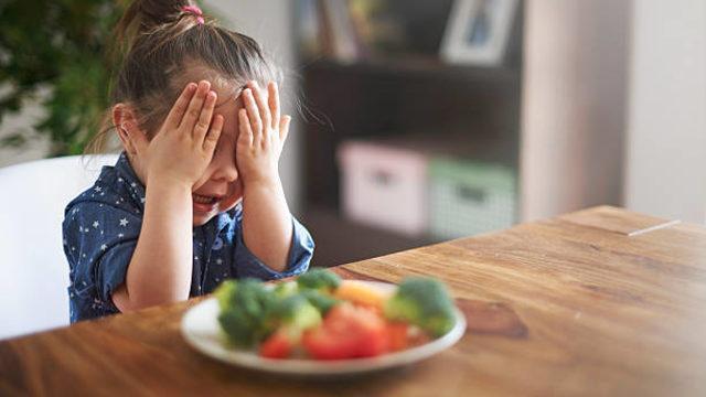 Çocuğunuz yemek mi seçiyor? Bu ipuçlarını uygularsanız...