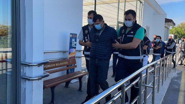 Adana'da devletin zarara uğratılmasıyla ilgili yakalanan 86 zanlı adliyede