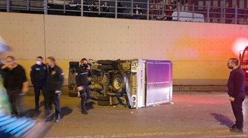 TEM Bağlantı Yolu'nda trafiği durduran kaza: 2 yaralı!