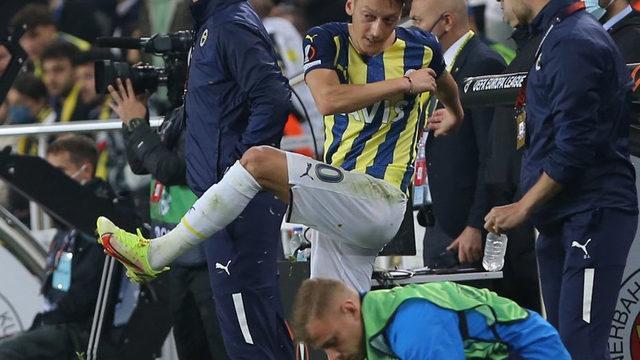 Mesut Özil'den şok tepki! Çılgına döndü