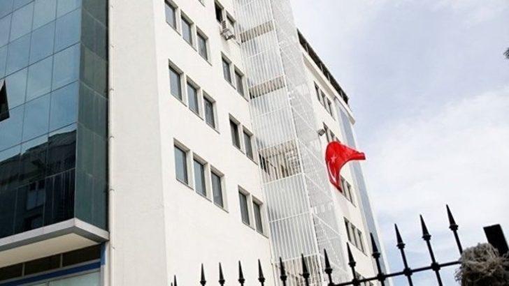 AK Parti'ye yakın yazardan Sözcü operasyonuna tepki