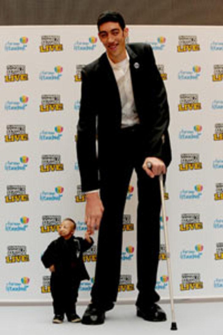En uzun ve en kısa insan İstanbul'da