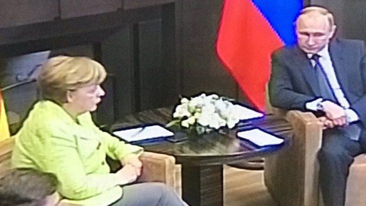 2 yılın ardından Merkel ilk kez Rusya'da!