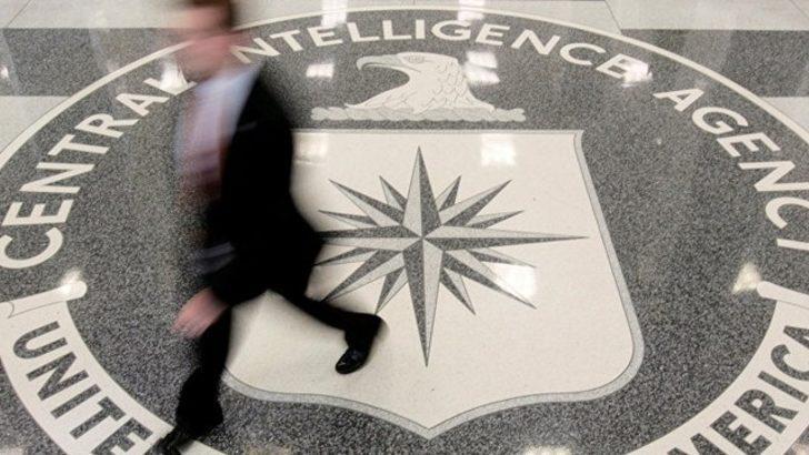 'CIA ve FBI, WikiLeaks muhbirlerini arıyor'