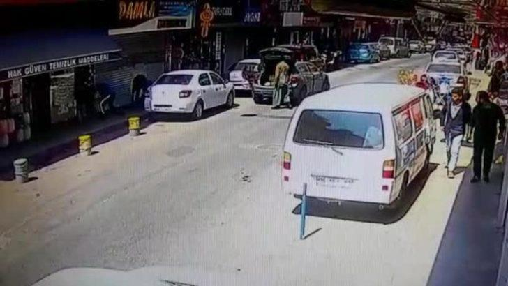 İstanbul'da basma etekli kuyumcu soygunu