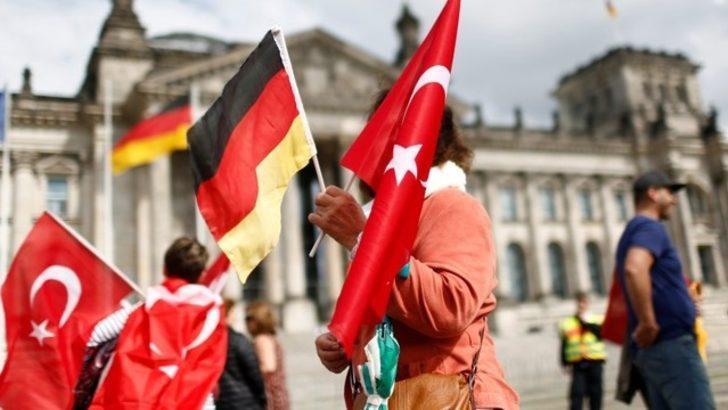 Almanya'dan Türk siyasetçilere son dakika bir yasak daha!