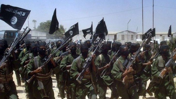 Eş Şebab: Çocuğunu İslami olmayan okullara yollayanlar sonucuna katlanır