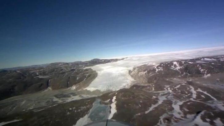 Kuzey Kutbu'nda nefes kesen uçuş