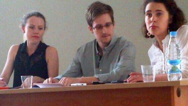 Edward Snowden'ın bekleyişi sürüyor