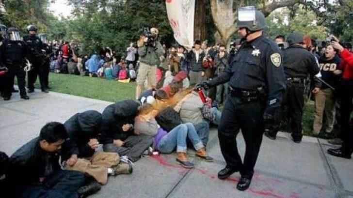 O polis tazminat talep etti