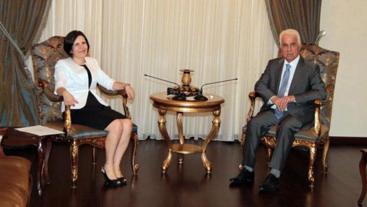KKTC Başbakanı hükümetin istifasını sundu