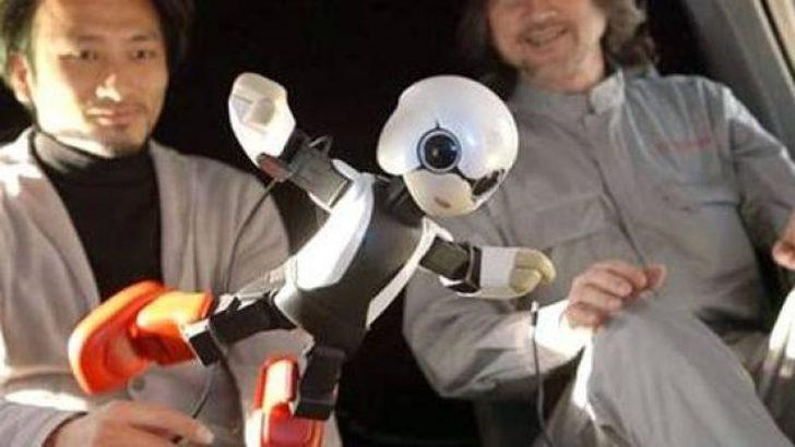 İlk robot astronot uzaya gönderildi