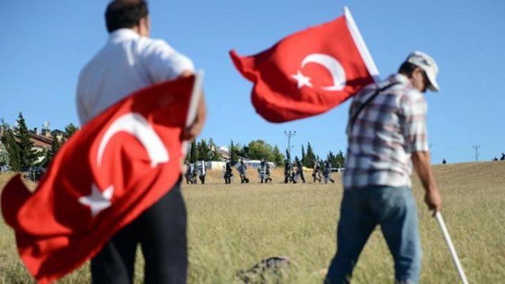 Silivri'ye Türk bayrağı diktiler
