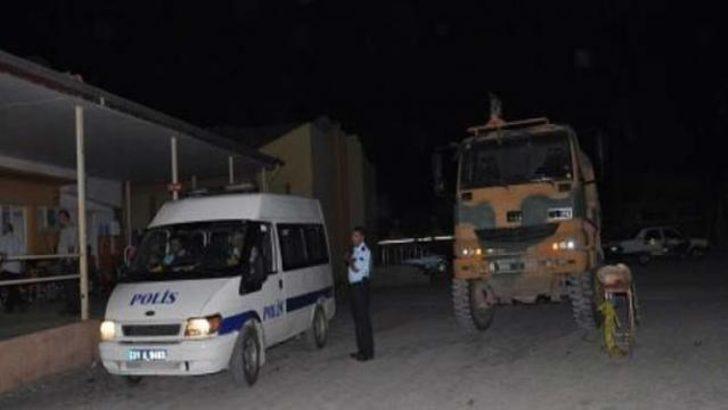 Sınırda kaçakçı terörü: 4 asker yaralı