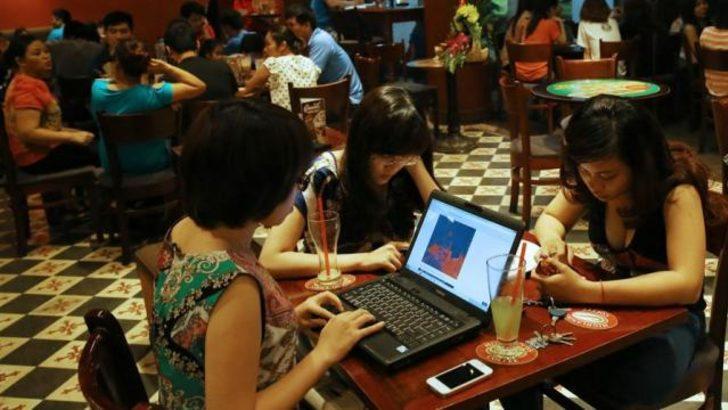 Vietnam: Twitter'da muhalefet yasaklanıyor