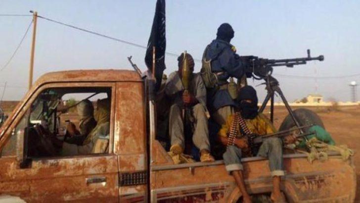 Esad'ın konvoyuna silahlı saldırı!