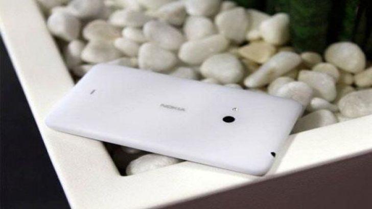 Nokia'dan çift sim kartlı Lumia