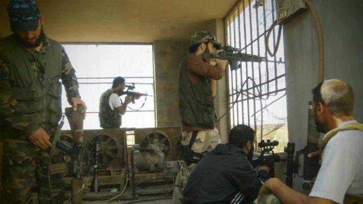 'Suriye'de muhalifler Alevilere saldırıyor'