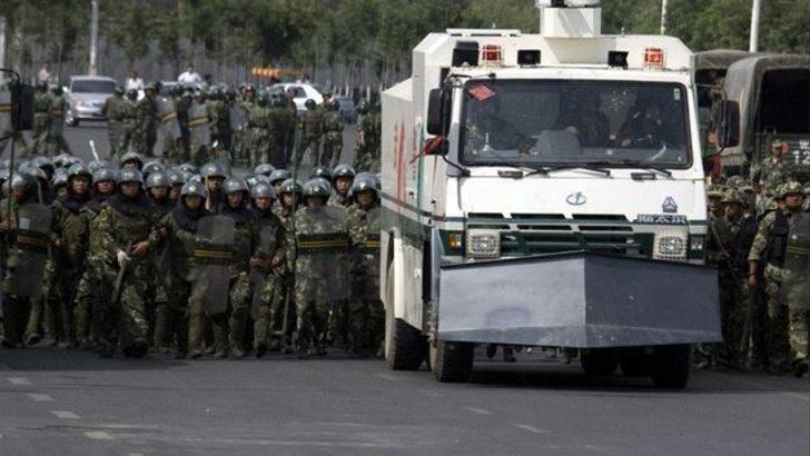 Çin'de iki Uygur'a idam cezası