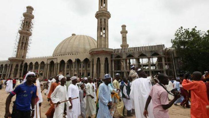Nijerya'da camiye saldırı: En az 44 ölü