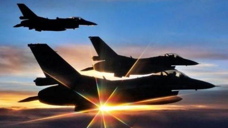 'Türk jetleri Lübnan semalarında'