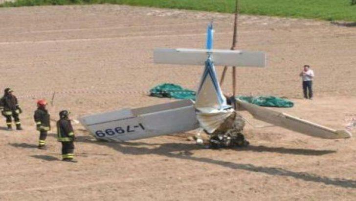İtalya'da uçak düştü: 4 ölü