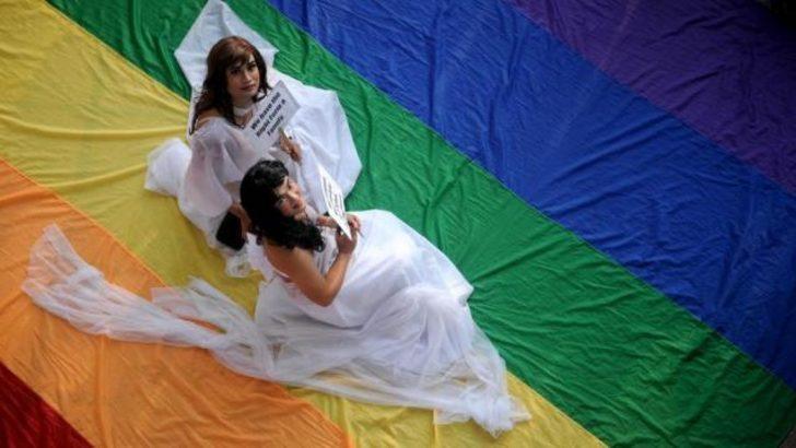 Yeni Zelanda'da eşcinsel evlilikleri yasallaştı
