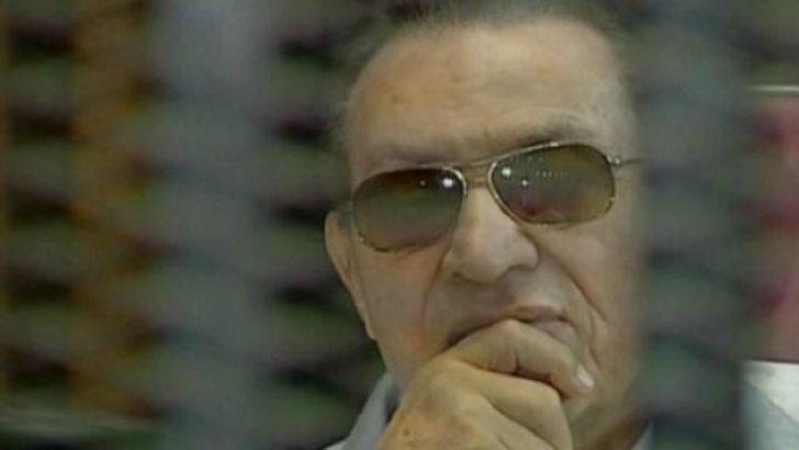 Mısır: Mübarek'in serbest kalma başvurusu görüşülecek
