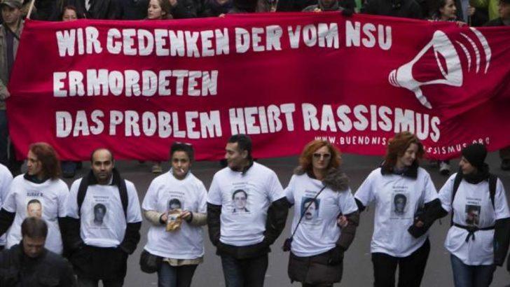 Alman vekiller Neonazi cinayet raporu sunuyor