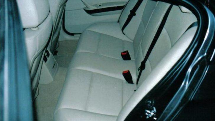 Arabanın arka koltuğunda bırakılan çocuk öldü
