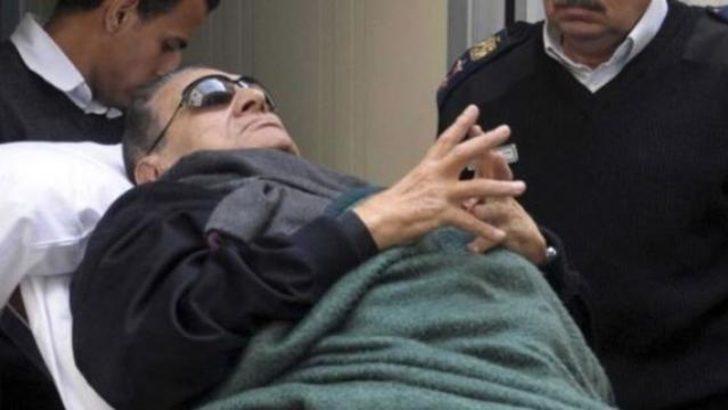 Mısır: Mübarek yeniden yargıç karşısında