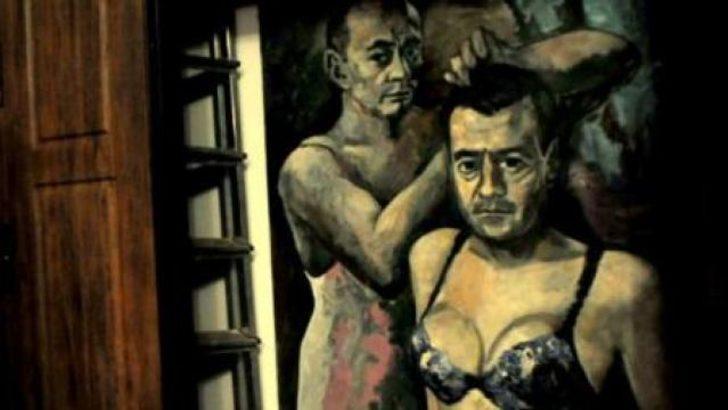 Kadın iç çamaşırlı Putin tablosuna el kondu