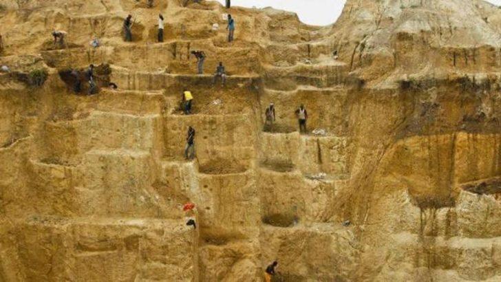8 yaşındaki 'madencilere' 24 saate varan vardiyalar