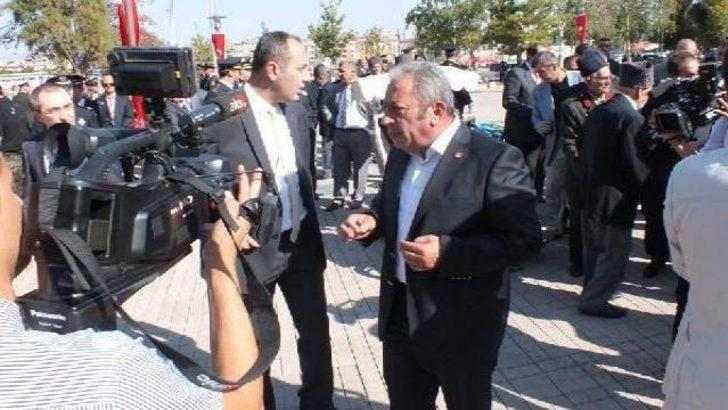 CHP ve MHP il başkanları Vali ile tartıştı