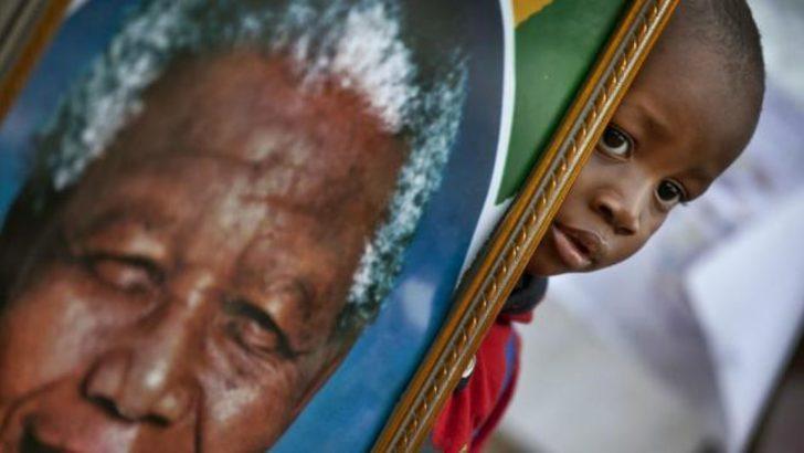 Nelson Mandela hastaneden çıktı