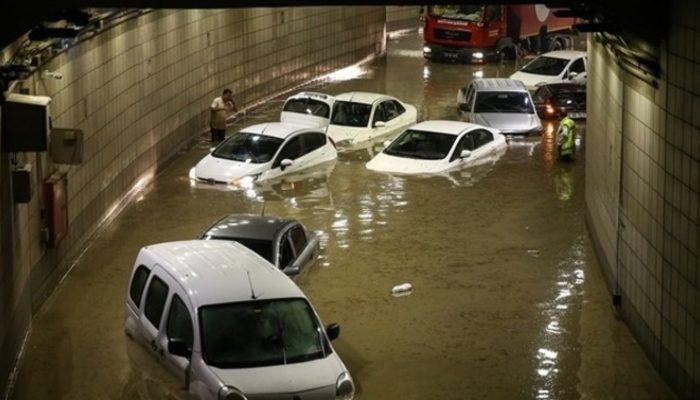 Melih Gökçek selin nedenini buldu: Kızılay'a metrekareye 2 teneke su yağdı