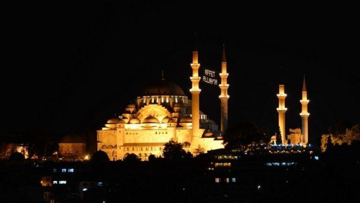 Fehmi Koru: Ramazan günü rahatsız olmak istemiyorsanız bu yazıyı okumayın