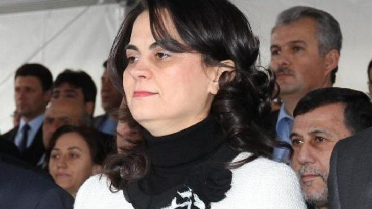 AK Parti'de Tülay Babuşcu'ya 'reklam arası'