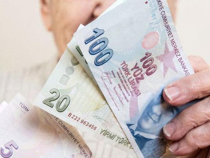 Emekli maaşı zammı bekleyenlere müjde