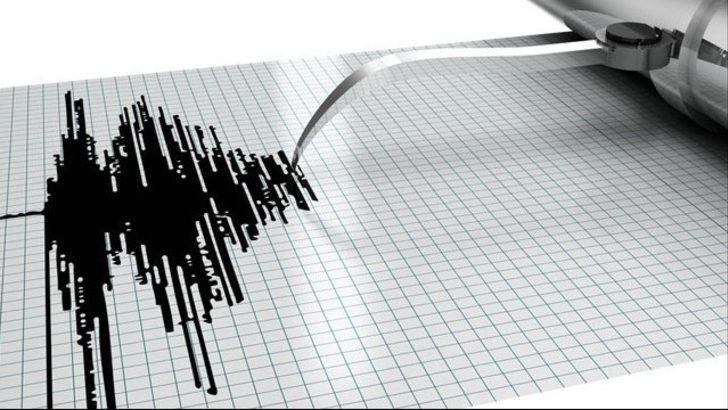Antalya'da tatilcileri korkutan deprem