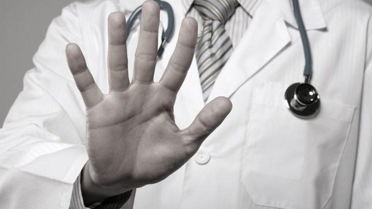 Sağlık çalışanlarına yönelik şiddeti engellemek için beden dili şart