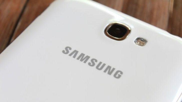 Çift Kameralı Galaxy C7'mi geliyor