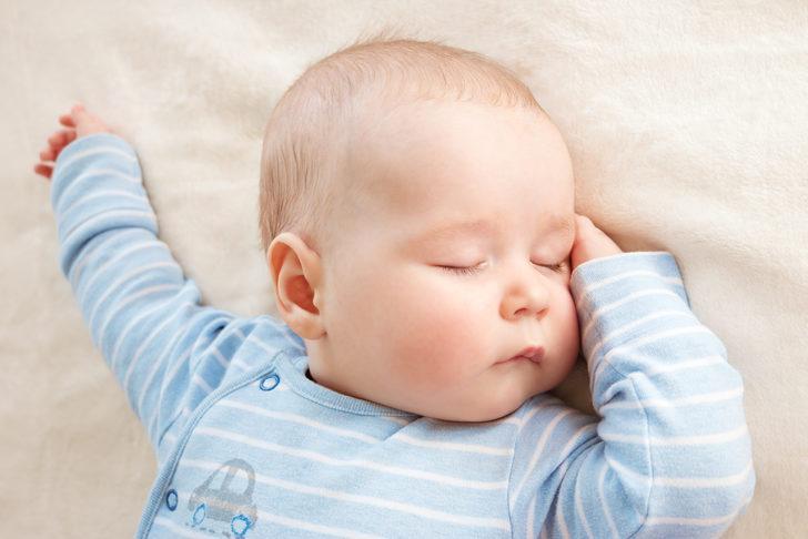 Bebeğinizin mışıl mışıl uyuması için 8 altın kural