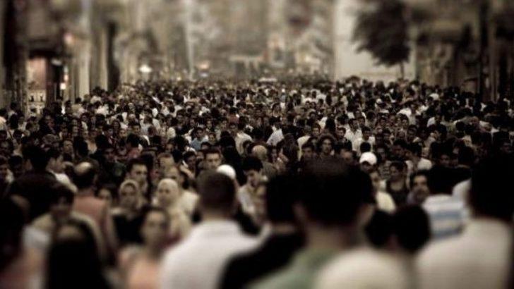 kalabalık ile ilgili görsel sonucu