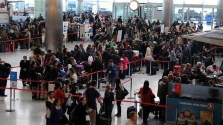 Aranan 58 kişi Atatürk Havalimanında yakalandı