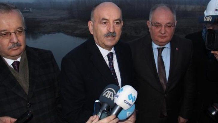 Bakan Müezzinoğlu'dan alkol zammına İnönü'lü cevap